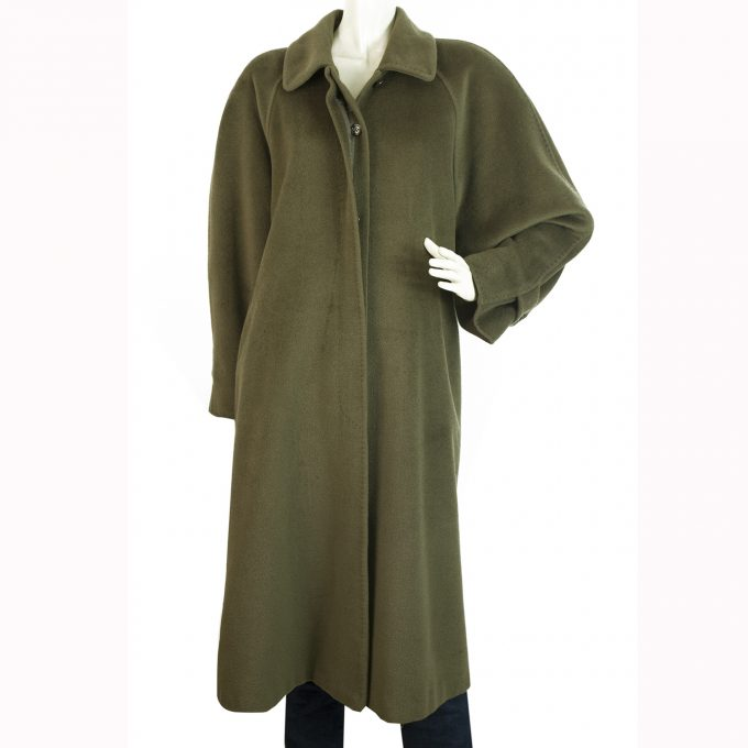 Max Mara Olive Green Virgin Wool Below Knee Length Coat size Fr 40 It 42