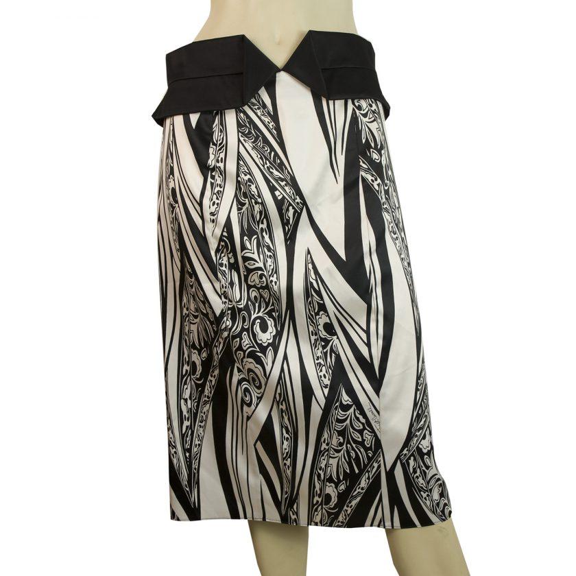 Just Cavalli Black & White Floral Print Below Knee Length Skirt Size 44